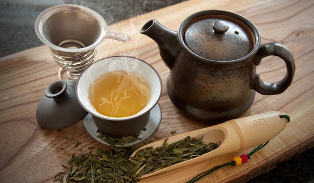 Чай при гастрите - черный, зеленый, ромашковый, мятный, монастырский