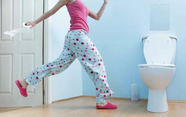 Кровь в кале у взрослого: причины, симптомы и лечение патологий