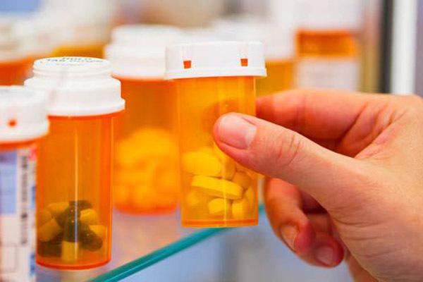 Препараты от гастрита: список и правила применения